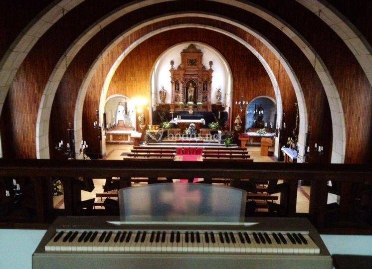 Iglesia de Pola de Lena