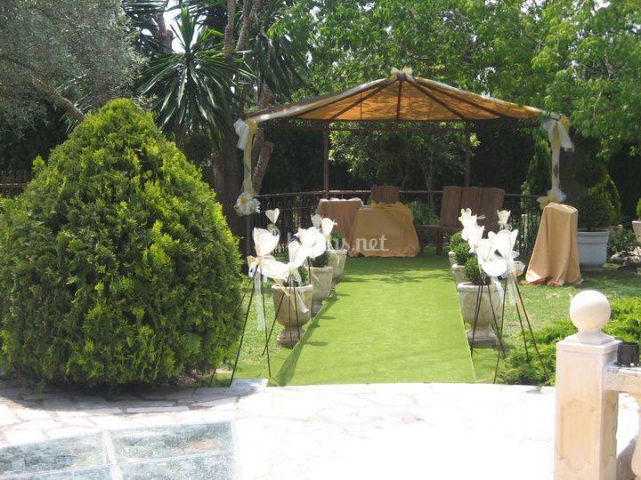 Decoraci n jard n de los arcos restaurant fotos - Arcos de jardin ...