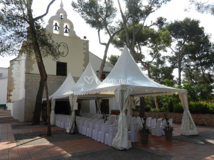 Carpas para ceremonia en ermita