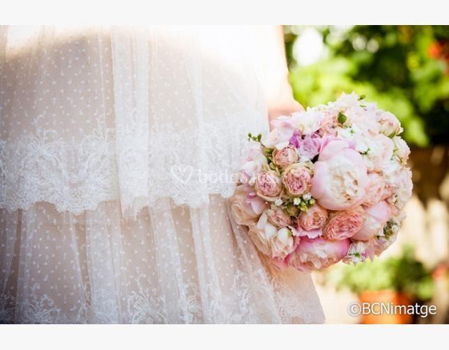 Bouquet rosas y peonias