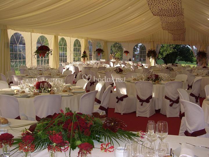 Montaje para boda con decoración floral