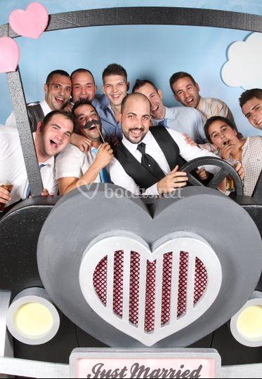 Los amigos del novia
