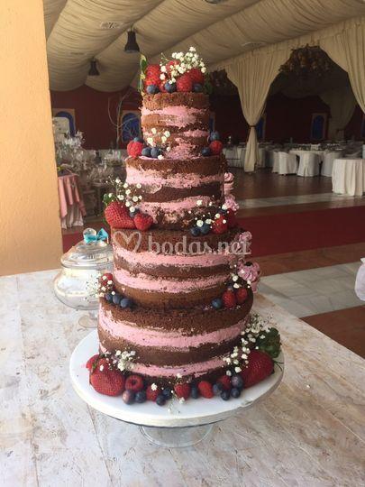 Nacked cake