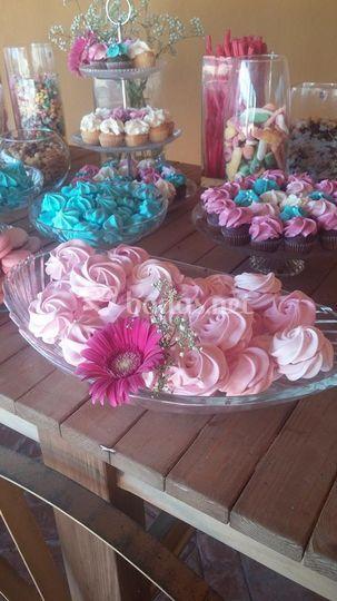 Mesa dulce tonos rosa y turque