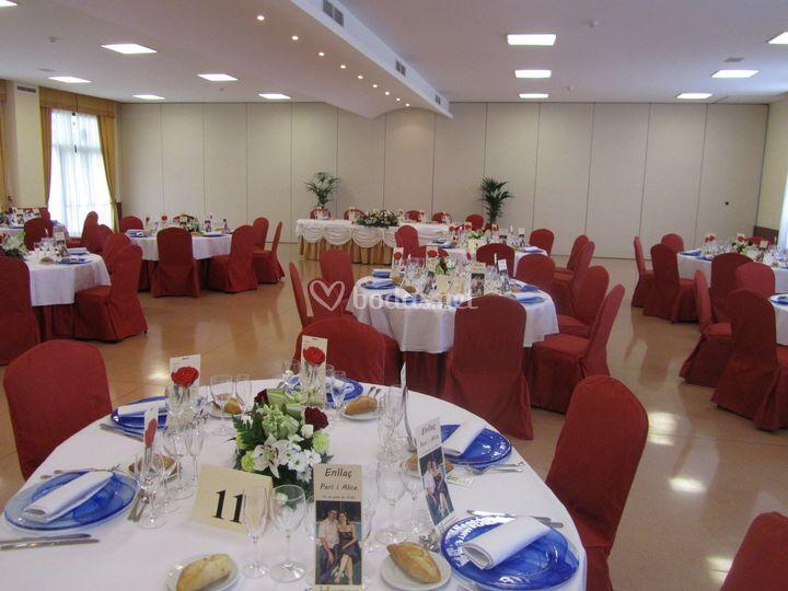 Mesas preparadas para boda