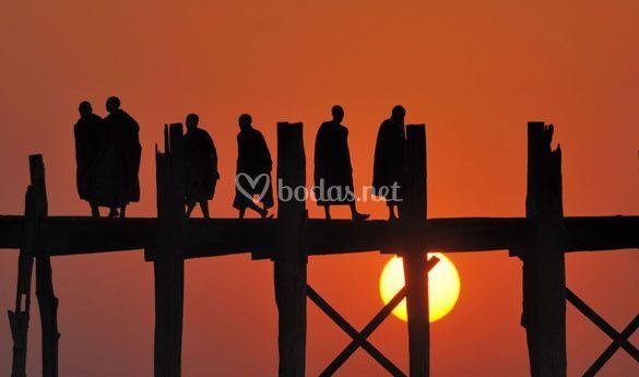 Puente en Myanmar