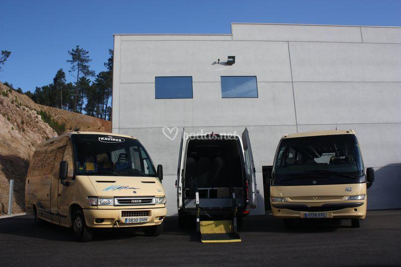 Microbuses de 19 a 32 pax.