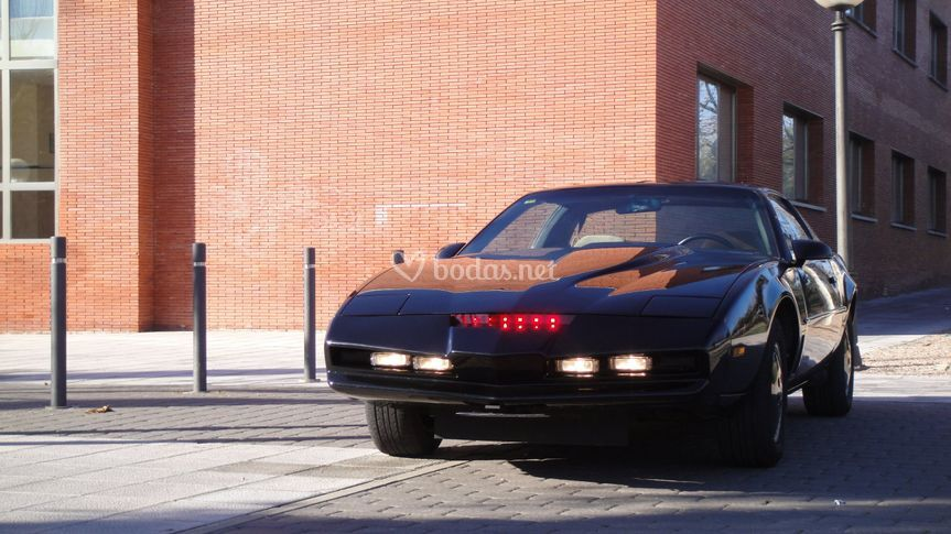 Vista frontal de Kitt