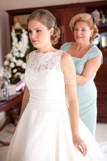 Novia y su madre By Margie