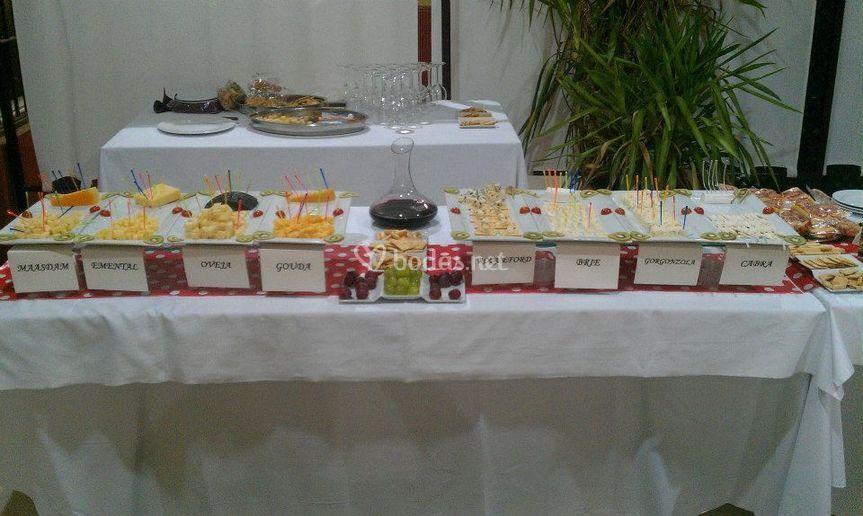 Cata de vinos y buffet de ques