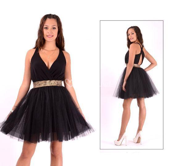 Vestido corto de falda tul