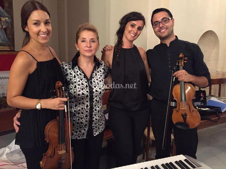 Dúo violines, piano y soprano