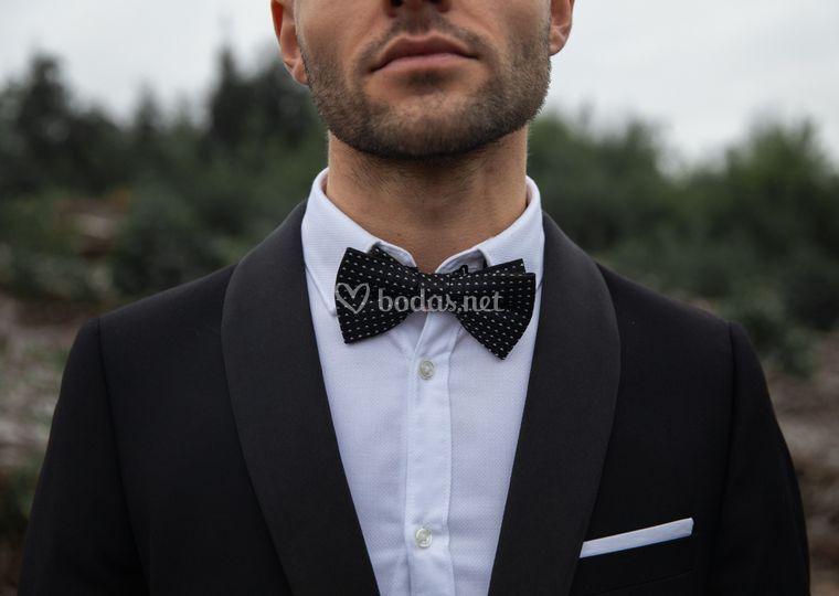 El novio y su traje