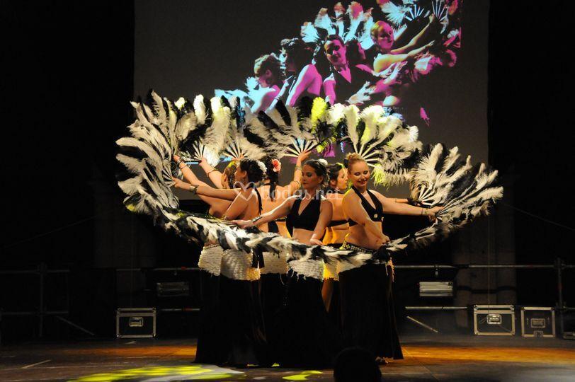 Actuación de danza tribal