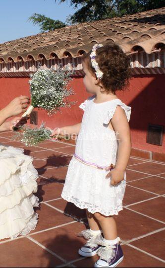 Niña de las flores converse