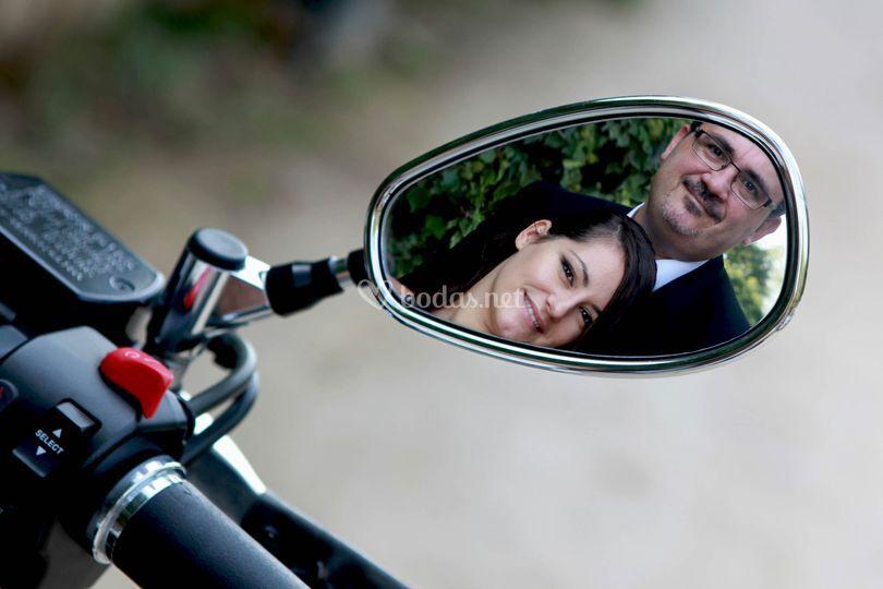 Post boda moto