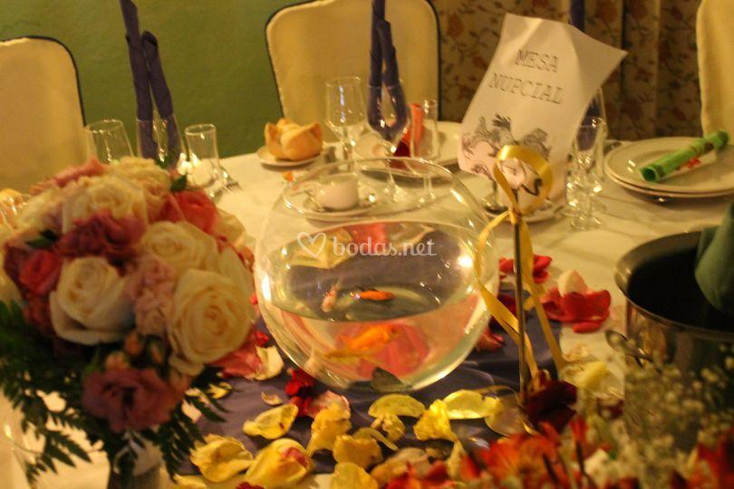 Mesa con peces