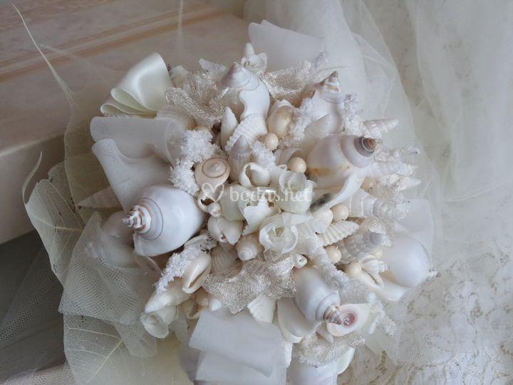 Ramo de novia de caracolas
