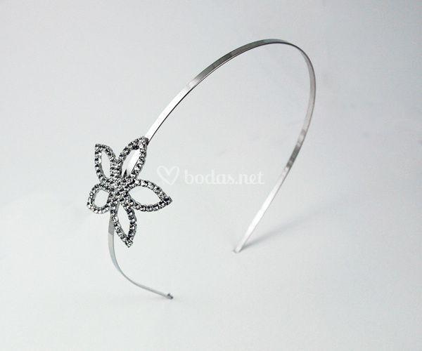 Diadema con flor de strass