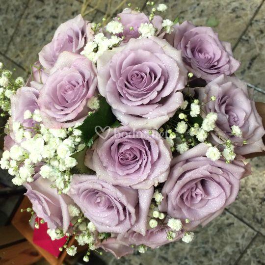 Ramo de novia rosas lilas