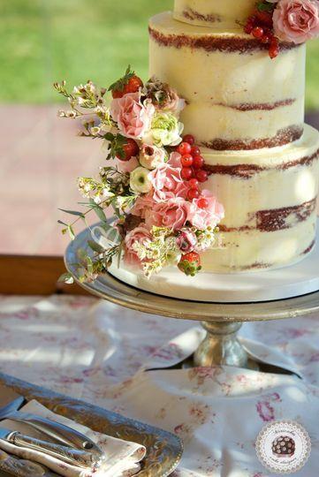 Fruit & Flowers Wedding cake