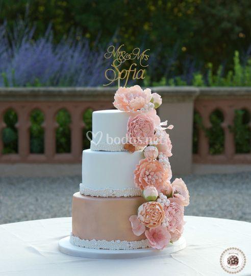 Peach blooms wedding Cake
