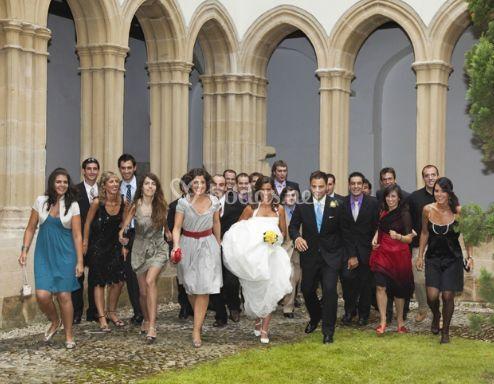Junto a los invitados de la boda