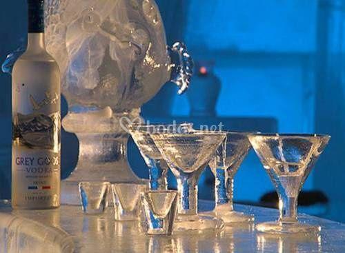 Coctelería con hielo