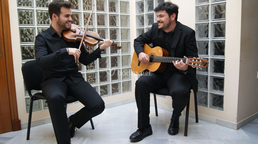Duo violin y guitarra