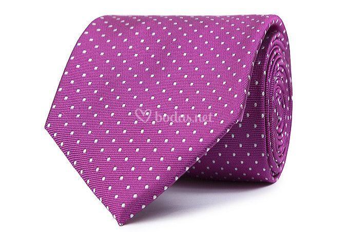 Corbata de seda con topos