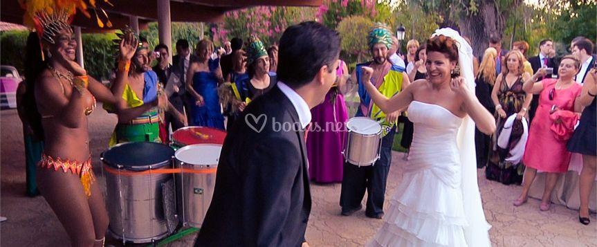 Tukebatukes Boda con bailarina
