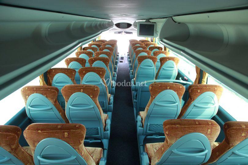 Interior del bus de 54 plazas GC