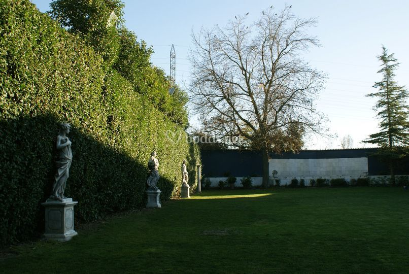 Jardines Puerta Elvira