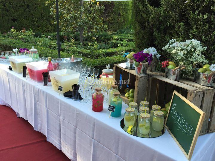 Mesa de limonada.