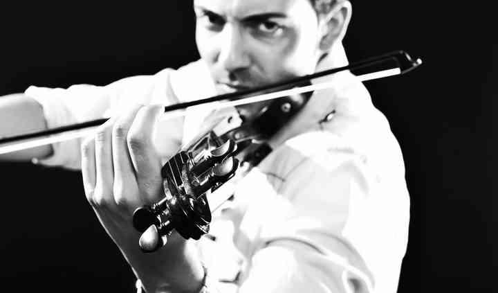Lolo Alonso Live Violin
