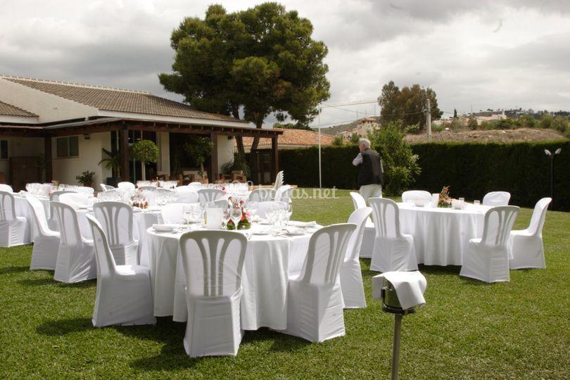 Jardín para eventos de hasta 500 pax.