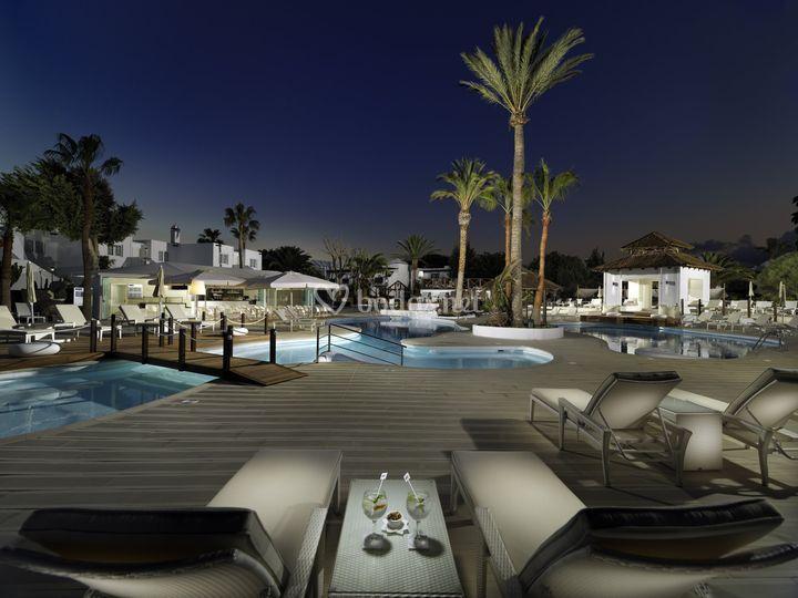 H10 White Suites - Hotel Boutique