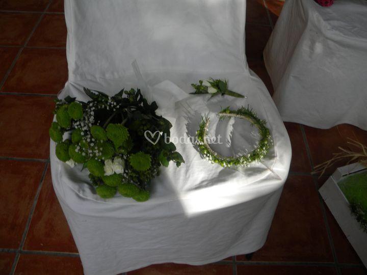 Prendido, diadema y bouquet damas