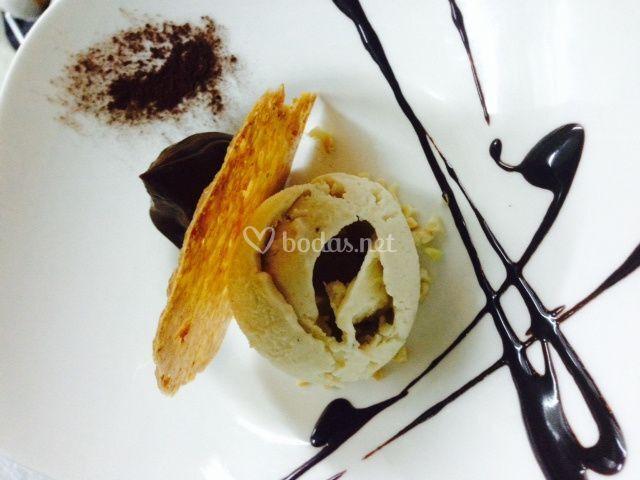 Platano con chocolate y almendra