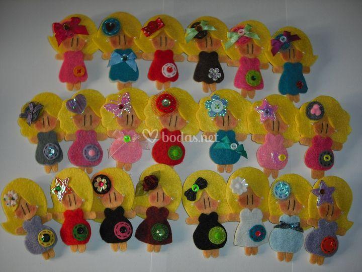 Muñecas para invitadas rubias