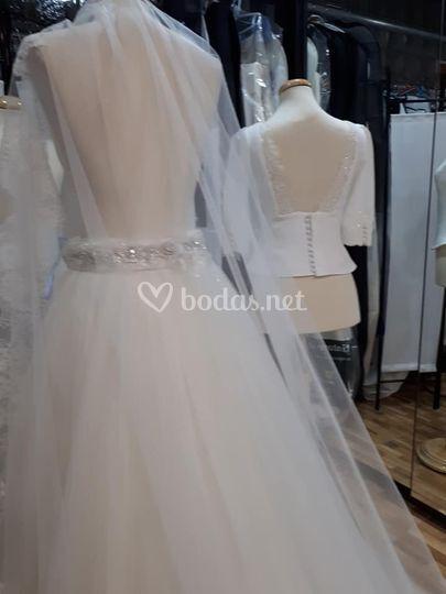 Creación de vestidos