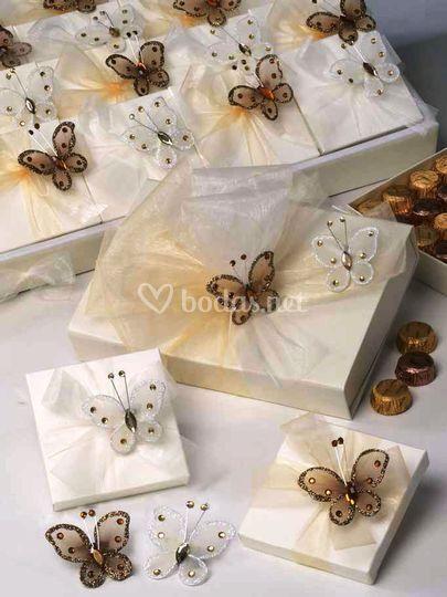 Broche mariposa tul + bombones