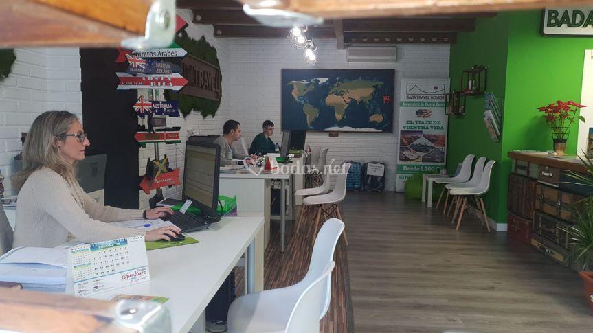 Interior de la oficina de Badajoz
