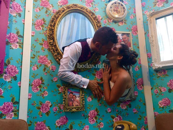 Love kiss photocall
