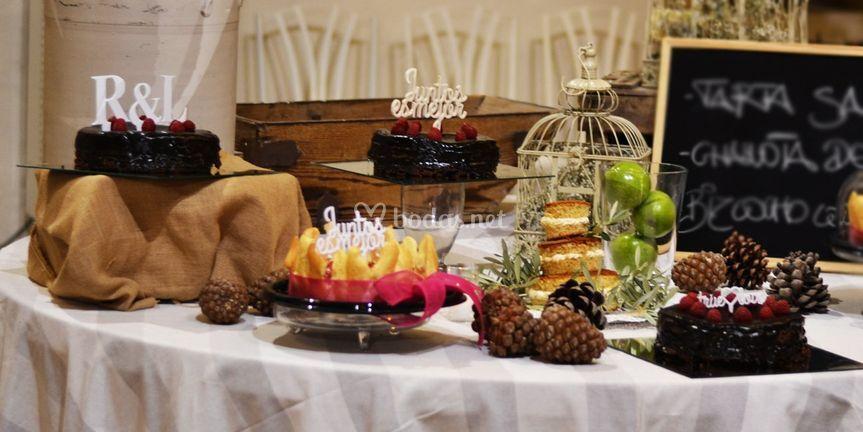 Cake toppers en buffet  tartas