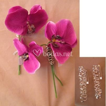 Broches flores mantel