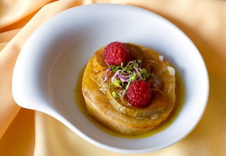 Rsoquilla con Foie y frutos rojos