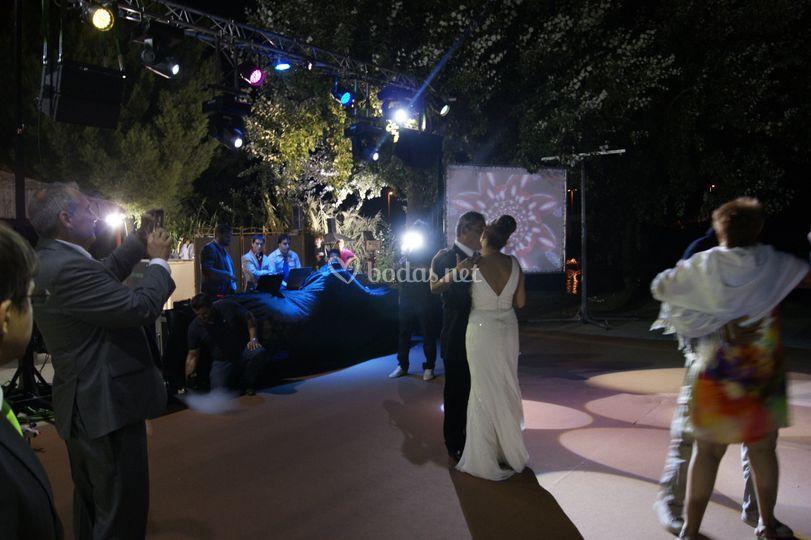 Música e iluminación del baile