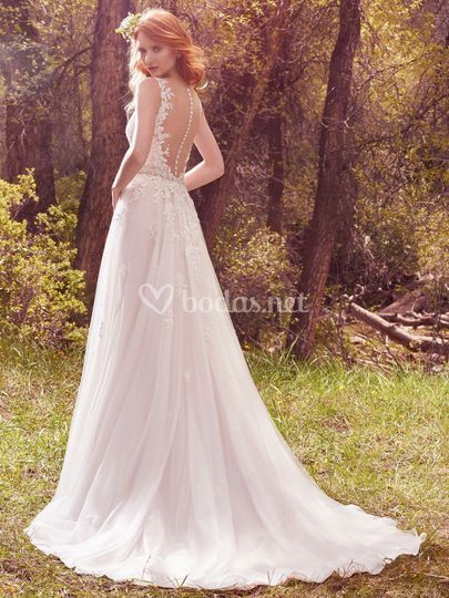 Maggie sottero avery back