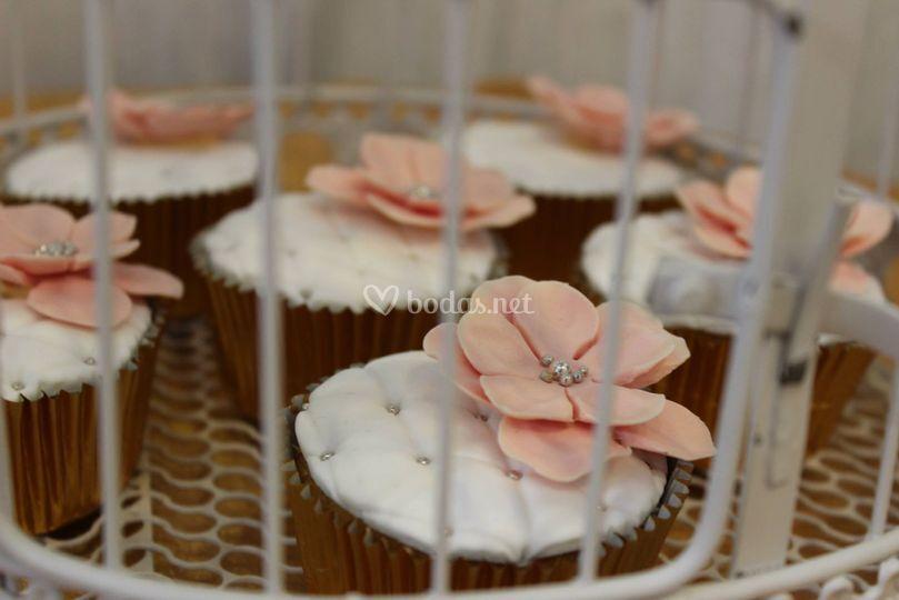 Cupcakes con flor